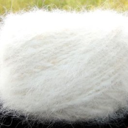 Пряжа «Белый Пушистик white»110метров100грамм из пуха самоеда