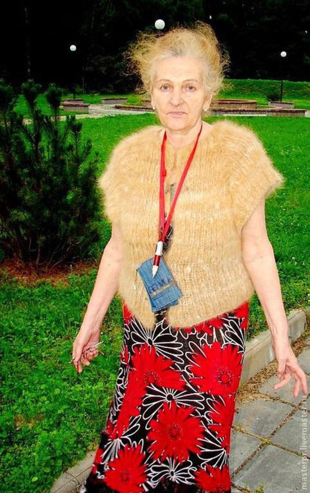 Кофта женская вязанная из пуха колли (подшерсток собаки)