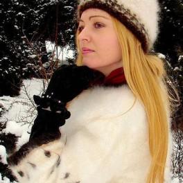 Шапка женская вязанная «Теплое Обаяние3» из собачьей шерсти .